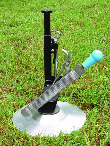 NC Tool Co. Inc. NC Adjustable Hoof Stand_0418 copy